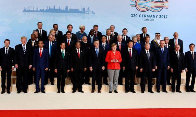 TRUMP QUISO LLEGAR A LA CUMBRE DEL G-20 EN HAMBURGO COMO LÍDER FUERTE Y PODEROSO – POR WALTER KROHNE