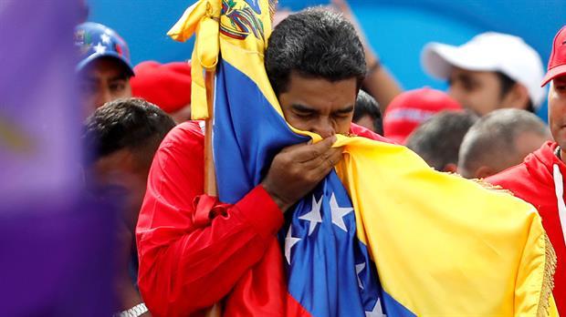 VENEZUELA: INCIERTO FUTURO POLÍTICO Y ECONÓMICO ¡SÁLVENSE QUIEN PUEDA! GRITA UN PUEBLO AL BORDE DE UNA DICTADURA