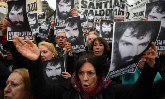 CASO MALDONADO: DESAPARECIMIENTO DE MAPUCHE ORIGINA TORMENTA POLÍTICA EN ARGENTINA
