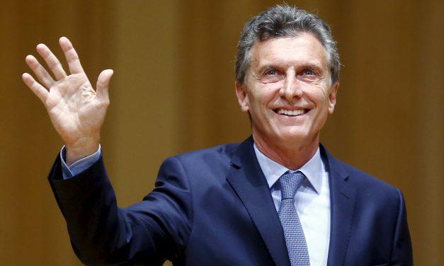MAURICIO MACRI TRIUNFA EN LAS ELECCIONES PALAMENTARIAS Y DEJA ATRÁS AL KIRCHNERISMO