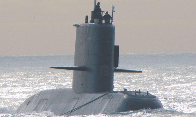 UNA EXPLOSIÓN HABRÍA LLEVADO AL SUBMArino argentino CON 44 TRIPULANTES AL FONDO DEL MAR – Comparan caso con tRAGEDIA del submarino ruso Kursk
