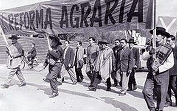 Chile: 50 años de la Reforma Agraria!   — Por Lidia Baltra