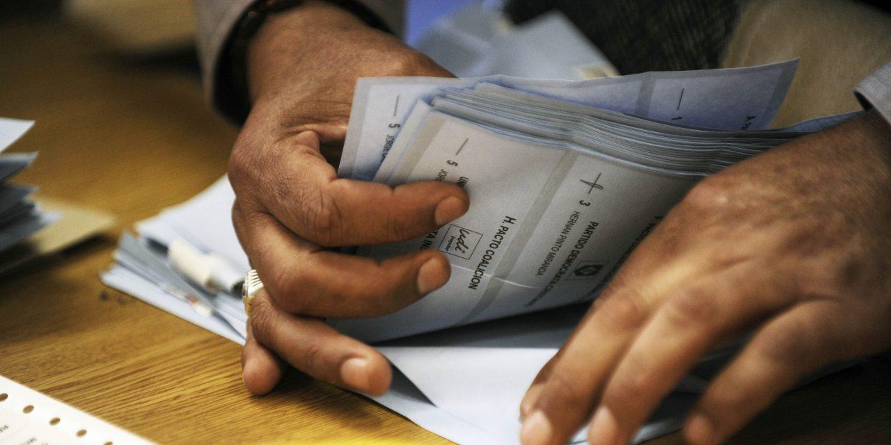 ¿Votos Marcados? – Espectacular denuncia de Piñera que pone en duda votaciones del frente Amplio y de Sánchez