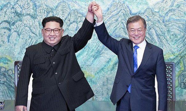 Kim y Moon le dan una lección al mundo: La paz