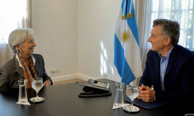 Argentina vuelve a recibir millonario préstamo del FMI después de su alejamiento del organismo en 2006