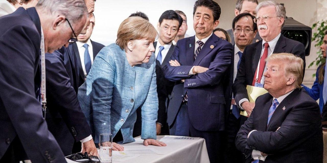 """Merkel calificó de """"deprimente"""" la actitud de Trump en la cumbre del G7"""