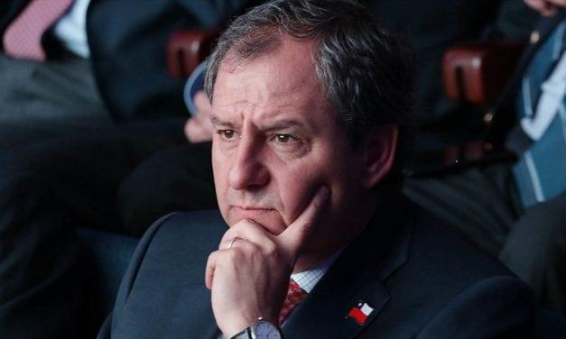 Efecto Varela arrastra al Presidente Piñera que baja cinco puntos en su peor evaluación