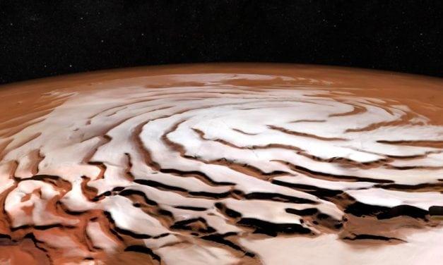 El hallazgo de agua en Marte nos lleva a preguntárnos de si ¿hay vida en ese planeta? y ¿cuán sólos estamos los terraqueos en el Universo?