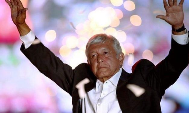 Euforia por la victoria de López Obrador en México