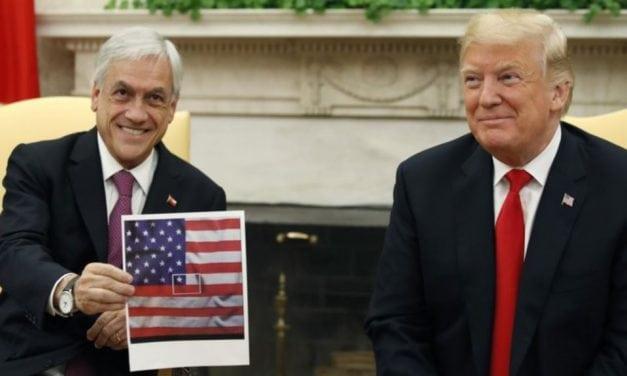 """¿Error o nuevo """"despiste"""" de Sebastián Piñera? – Similar a la visita que le hizo a Obama en 2013"""