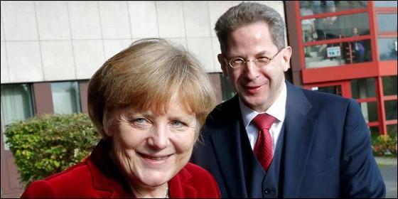 CAE el mayor espía alemán por dañar imagen de la Canciller Merkel, pero la crisis en Berlín continúa