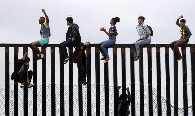 Drama humano en Tijuana a pasos de la frontera con EE UU – Hay miseria y desolación en la Caravana del hambre