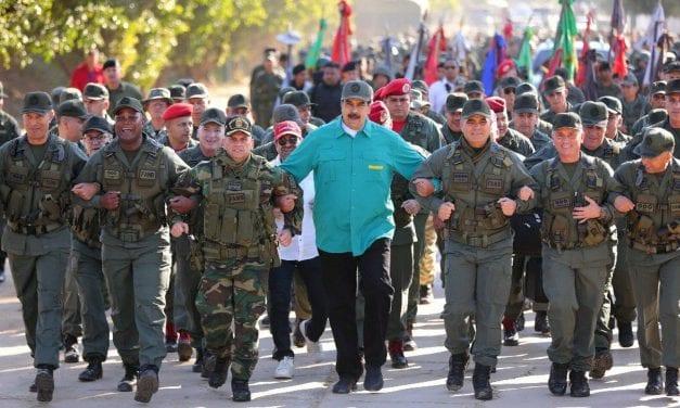 Intervención militar en Venezuela es rechazada en Europa, mientras Maduro advierte a EE UU con un nuevo Vietnam