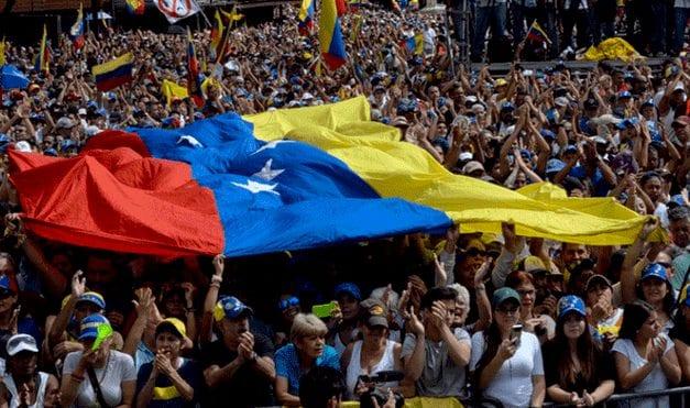 Maduro y los militares: Es un matrimonio que se entiende y está lejos de querer divorciarse