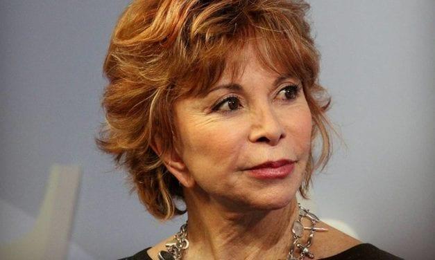 La chilena Isabel Allende gana el Premio de Novela Histórica Barcino