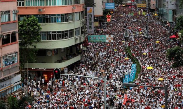 Protestas de Hong Kong muestran la debilitada imagen de China en derechos humanos