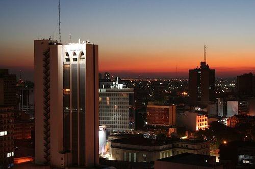 La crisis de la luz ¿hundirá al Paraguay en la oscuridad?
