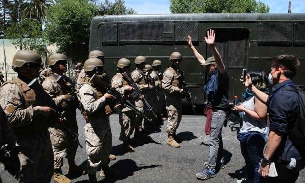Una mirada alemana de la crisis chilena: Días de tormenta y violentas protestas en Chile