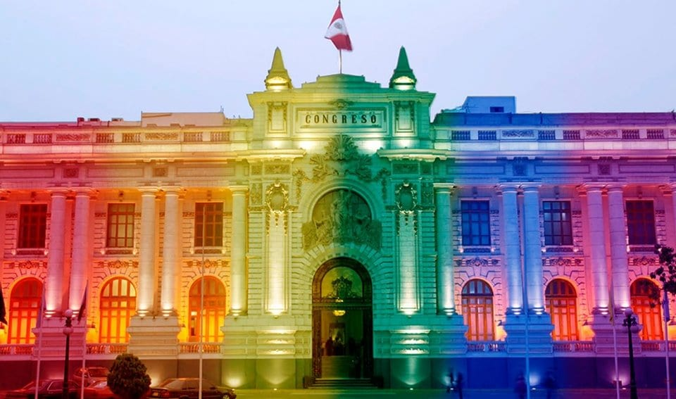 Historia de una crisis: Perú entre lo popular y lo populista