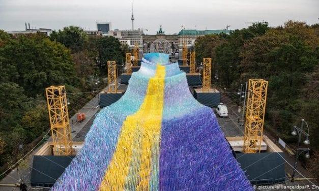 """Caída del Muro de Berlín exhorta decididamente a oponerse al odio, al racismo y al antisemitismo"""","""