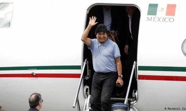 Evo Morales ya está en México y evitó ser juzgado en Bolivia – Ya van cuatro muertos en incidentes