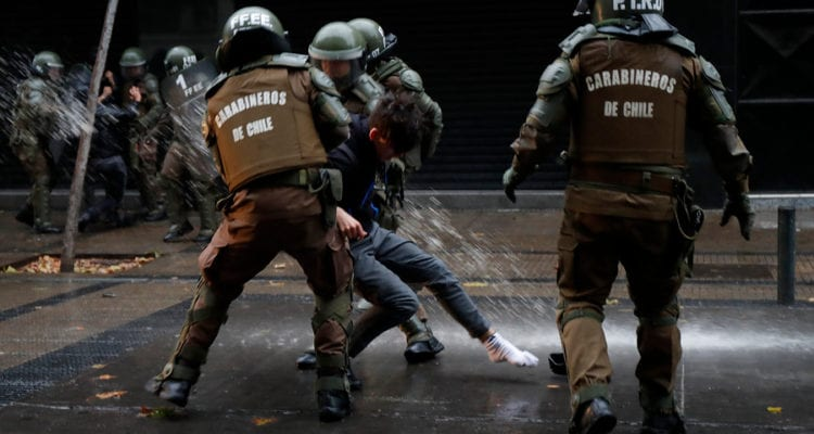 ONU condena uso excesivo de la fuerza en las manifestaciones sociales en Chile