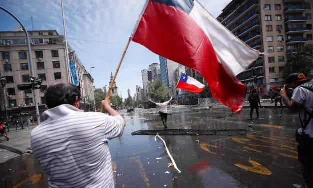 Cuatro propuestas para acabar con el estadllido social y evitar un nuevo desplome de la democracia en Chile
