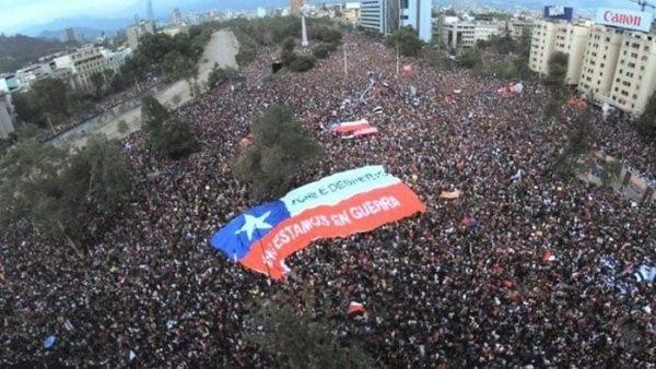 El Chile pesimista: 92 por ciento cree que volverán las movilizaciones masivas