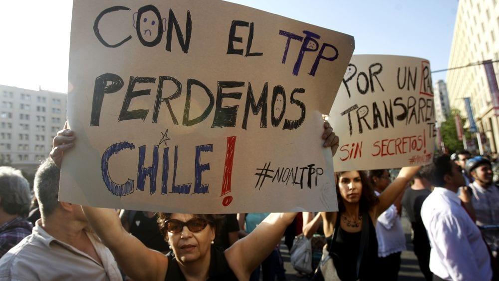 El TPP-11 quedará para después de los cambios urgentes destinados a parar «la furia» en Chile