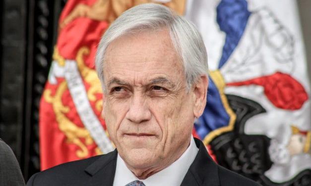 Los chilenos «alaban» al Gobierno por la brillante campaña de vacunación masiva
