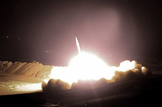 Primera venganza iraní contra EE UU habría dejado ochenta soldados muertos – Trump lo desmiente