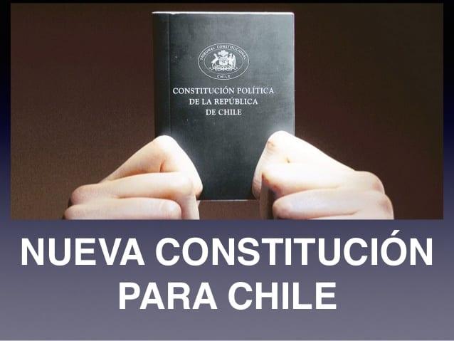 ¿Una Constitución desde cero? No