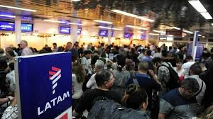 Argentina da el ejemplo en América Latina: Repatriará a 15.000 argentinos repartidos por el mundo
