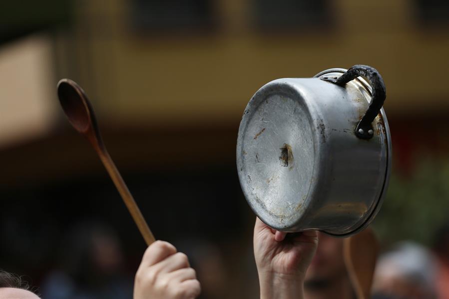 Cacerolazos de protesta en EE UU sería casi una «exportación chilena», según la Deutsche Welle