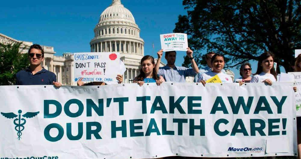 «Como nuevo acto de crueldad», critican intento de Trump de acabar con el seguro médico «ACA» en medio de la pandemia