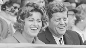 Murió la última hermana viva del Presidente John Kennedy, que fuera figura clave en la paz de Irlanda del Norte