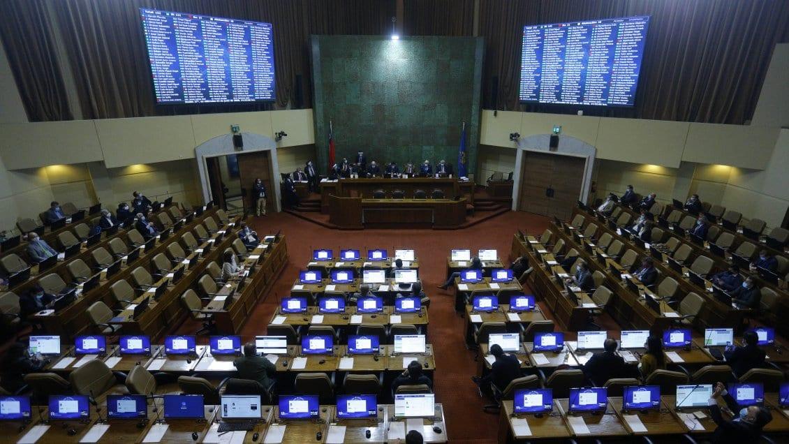 Chile: Se acabaron las reelecciones vitalicias de Parlamentarios y alcaldes