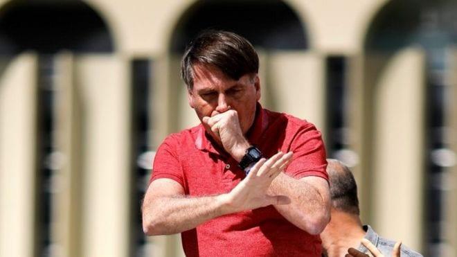Bolsonaro «se repite el plato del coronavirus» – Otra vez dio positivo