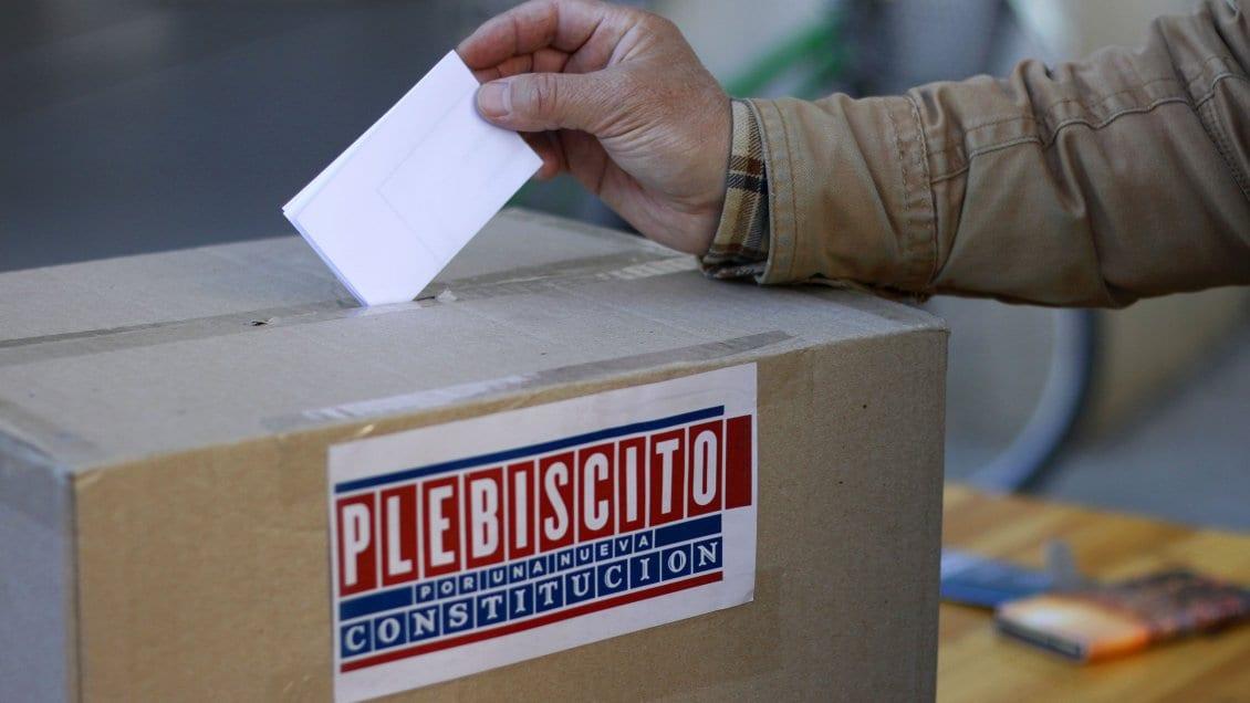 Al nuevo Gabinete de Piñera le espera toda la problemática que involucrará el plebiscito «rechazo o apruebo» o viceversa