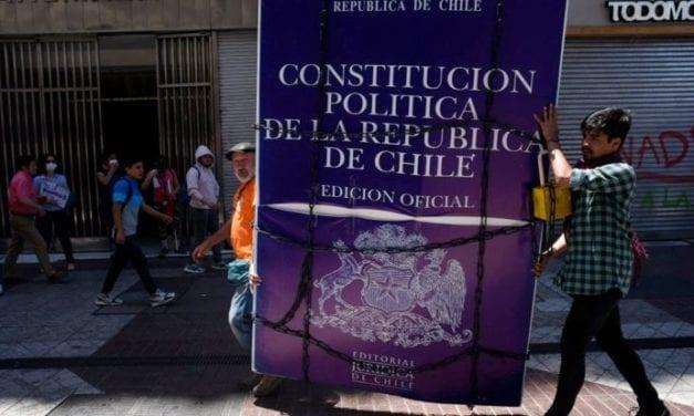 Los electores chilenos temen infectarse con coronavirus si concurren a votar en el plebiscito de octubre