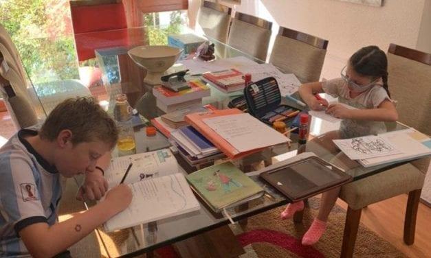 594 colegios chilenos de 40 comunas están listos para volver a clases presenciales
