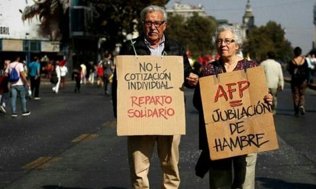 EL 10 % DE LA LAS AFP: SACAR LAS CASTAÑAS CON LA MANO DEL GATO