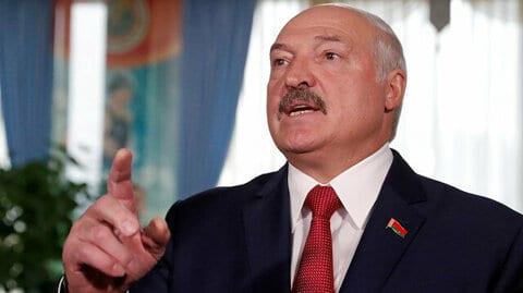 Lukashenko: Las mujeres no sirven para gobernar, sólo para estar en casa, cuidar a los hijos y atender al marido