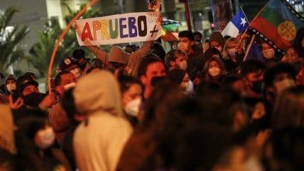 Perfil de votantes por el apruebo: 85% jóvenes y 89% de estratos bajos, según Cadem – Maduro: Se abren las grandes alamedas de Allende
