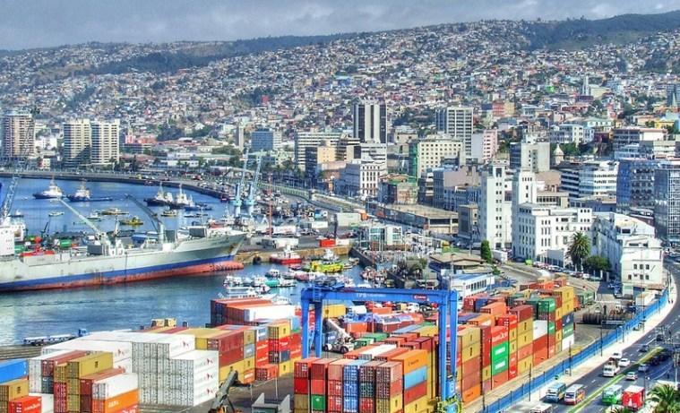 Contra viento y marea alcalde de Valparaíso Jorge Sharp irá a la reelección