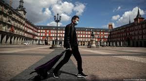 España: A parar el avance del virus de cualquier forma, también con el cierre de ciudades como  Madrid que ha quedado desierta