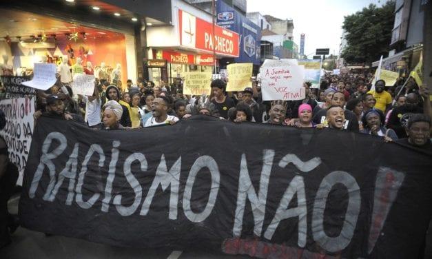 Caso de George Floyd repercute ahora fuerte en Brasil con el brutal asesinato de otro hombre negro en Porto Alegre