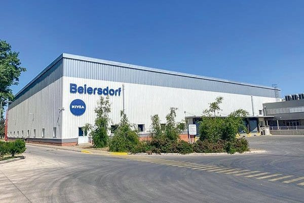 Capitales extranjeros comienzan a abandonar Chile por inestabilidad social y económica – Gigante alemán Beiersdorf cierra su planta en Maipú