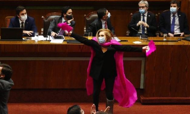 Pamela Jiles va «técnicamente» derechito a La Moneda con 65% de aprobación – el personaje político mejor evaluado en Chile