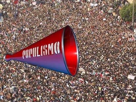Historia del populismo del retiro del 10% y del cambio de reglas para una nueva Carta Magna a espaldas del 80% que votó apruebo